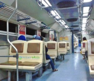 Interior kereta api Binjai