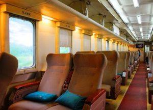Interior Kereta Api Argo Dwipangga