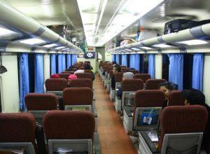 Interior Kereta Api Sawunggalih pagi