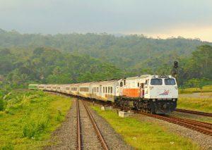 Jadwal keberangkatan Kereta Api Argo Lawu
