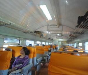 Interior Kereta Api Sidomukti