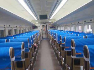Interior Kereta Api Sri Tanjung