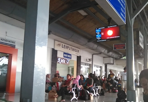 KA Stasiun Lempuyangan